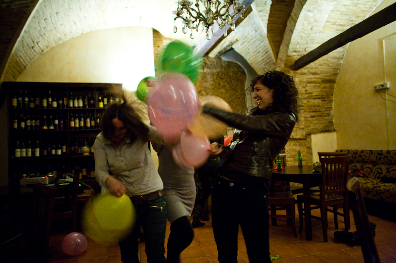 Balloon Battle Dance Party