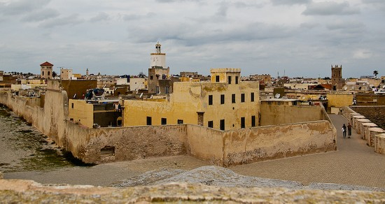 We explored the old Jewish quarters, the most famous tourist attraction at El-Jadida. The entire area is walled in with thick, 4 meter high mud brick walls, and protected by the ocean on one side. People still live in this historical place.