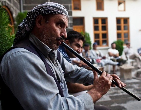 Muzaffer took us to another cultural centre: a courtyard full of mostly old men, having lyrical showdowns not unlike a rap-off.