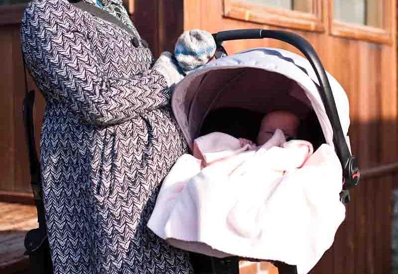Geoff, Emily & Josie April 2011-2370